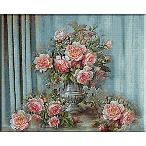298. Vas cu trandafiri roz