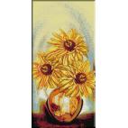 648.Cristina Soare si flori