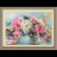 3084.Rózsa vázában