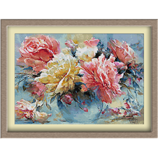 3085.Rózsa vázában
